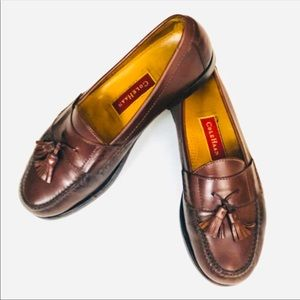 COLE HAAN BURGUNDY PINCH TASSLE LEATHER LOAFERS